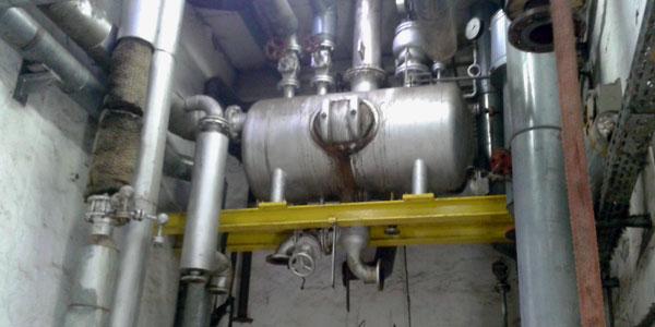Demontage von großen Maschinen und Industrieanlagen